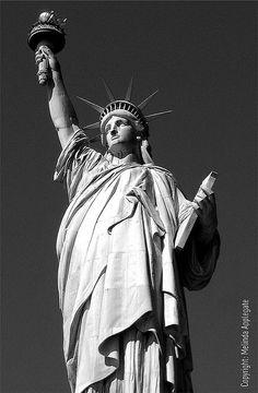 Statue of Liberty, New York Harbor (Black and White) Statue Of Liberty Tattoo, Statue Tattoo, Liberty Statue, New York Pictures, New York Photos, Liberty New York, Events Place, New York Harbor, Centenario