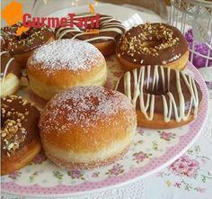 Donut recipe - An easy recipe that doesn& absorb oil. Just some time, donut loves to rest, rest a lot :] faciles gourmet de cocina de postres faciles pasta saludables vegetarianas Delicious Donuts, Delicious Cake Recipes, Yummy Cakes, Gourmet Recipes, Yummy Food, Mini Desserts, Oreo Desserts, Beignets, Creative Food
