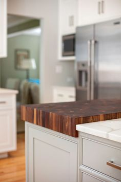 Great way to incorporate a cutting board over a counter.