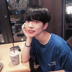 Korean Boys Ulzzang, Cute Korean Boys, Ulzzang Couple, Ulzzang Boy, Korean Men, Asian Boys, Asian Men, Cute Gay Couples, Cute Anime Couples