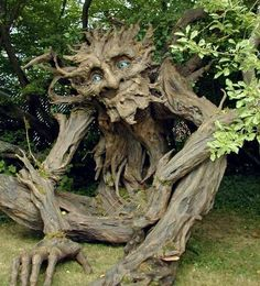 I love trees with faces, always wanted to make this in a LARP