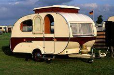 Trotse bezitter van een soortgelijke Mostard Yvonne caravan