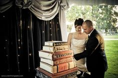 Seriously love this idea! Wedding, birthday - you name it. :) Photo Credit: www.LuceroPhotogr...
