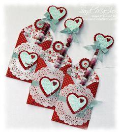 stampin up mini bag thinlit valentine Valentine Treats, Valentine Day Love, Valentine Day Crafts, Valentine Cards, Envelopes, Paper Crafts, Diy Crafts, Stampin Up Cards, Holiday Cards