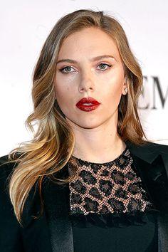 9 Hot Makeup Looks for Fall 2013 - Scarlett Johansson