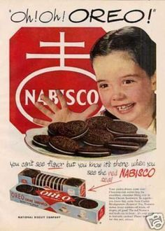Here is a 1950 vintage Oreo ad. Nabisco claims that you know Oreos taste good… Vintage Labels, Vintage Ads, Vintage Images, Vintage Prints, Vintage Posters, Vintage Food, Retro Food, 1950s Food, Retro Posters