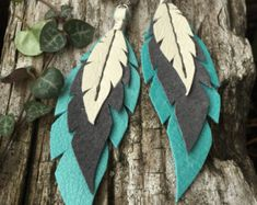 Layered Leather Feather Earrings - Destination Wedding - Make Up For Beginners - Leather Jewelry DIY - DIY Wedding Hair Styles - DIY Kitchen Ideas Diy Leather Earrings, Diy Earrings, Leather Jewelry, Fashion Earrings, Earrings Handmade, Handmade Jewelry, Screw Back Earrings, How To Make Earrings, Leather Projects