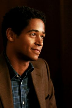 "celinakyles: "" Wes Gibbins in How To Get Away With Murder 1.04 Let's Get to Scooping """