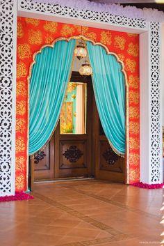 Gate Decoration, Decoration For Ganpati, Entrance Decor, Entrance Design, Arabian Theme, Arabian Nights Theme, Arabian Decor, Moroccan Party, Moroccan Theme