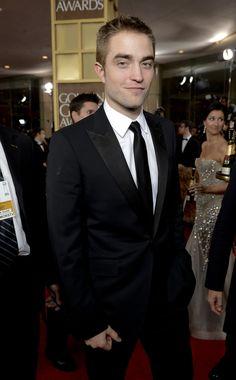 Robert Pattinson Golden Globes 2013