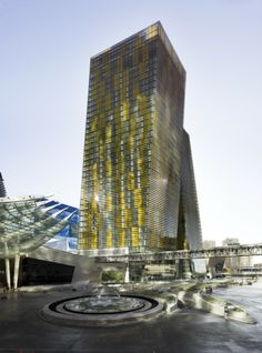 Veer Towers / Murphy Jahn