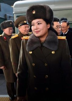 North Korea Military First, Military Women, Life In North Korea, Cult Of Personality, Workers Party, Human Rights Issues, Korean Peninsula, Korean Hanbok, Korean People