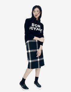 Madewell Bon Voyage turtleneck worn with wrap midi skirt + Vans® & Madewell sneakers.