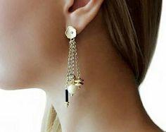 Orecchini dorati con catena, pietre dure, regalo di compleanno per lei, gioielli di tendenza, orecchini in onice, orecchini per matrimonio