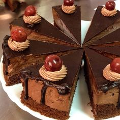 This Chocolate Cake with Tart Cherries is a real treat for any type of celebration. From holidays to birthday parties, this recipe is a winner. Easy Cake Recipes, Sweet Recipes, Cookie Recipes, Tasty Chocolate Cake, Chocolate Desserts, Cherry Juice Benefits, Romanian Desserts, Tart Cherry Juice, Valentines Day Food