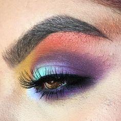 Makeup Geek Duochrome Eyeshadow in Blacklight + Makeup Geek Eyeshadows in Shore Thing and Wisteria. Look by: Mariah Barnum
