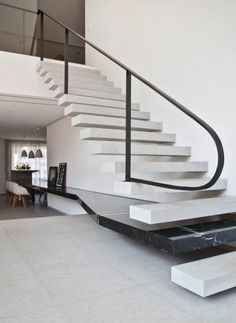 Really love the singularity of the stair as it becomes the table. Staircase Handrail, Interior Staircase, Stair Railing, Interior Architecture, Architecture Details, Railings, Stairs To Heaven, Modern Stairs, Stair Steps