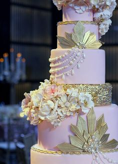 Artistic Wedding Ceremony Cakes - http://www.heygirl.net/wedding-ideas/artistic-wedding-ceremony-cakes/