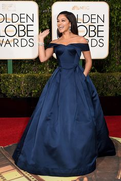 Golden Globes 2016 Red Carpet Fashion | Gina Rodriguez