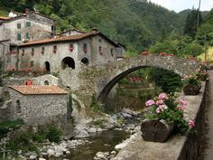Fabbriche di Vallico nella Valle del Serchio, in Garfagnana