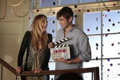 GOSSIP GIRL-- 'New York, I Love You XOXO' --  image GO610D_0489 Pictured (L-R):  Blake Lively as Serena Van Der Woodsen  and  Chace Crawford as Nate Archibald Photo: Giovanni Rufino/The CW -- © 2012 The CW Network. All Rights Reserved.