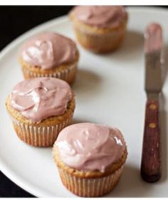 Healthy Almond Cupcakes with Pomegranate Frosting