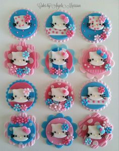 Turquoise and pink hello kitty toppers van CakesbyAngela op Etsy, $55.00