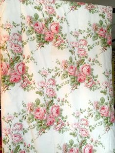 Vintage Laura Ashley Twin Bed Comforter, Country Roses Pattern, Cottage  Style
