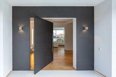 10 wonderful home entrance ideas Feng Shui Bedroom, Feng Shui Tips, House Entrance, Entrance Ideas, Master Suite, Patio, Interior, Furniture, Home Decor