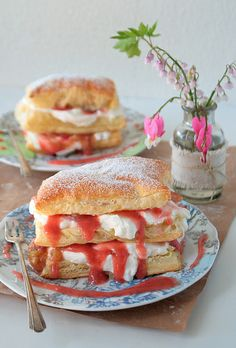 mmmmmmust make this :)    Rhubarb Napoleons