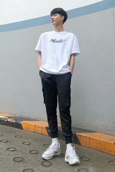 Korean Fashion Men, Boy Fashion, Mens Fashion, Tumblr Outfits, Korean Outfits, Boyfriend Material, Normcore, Street Style, Poses