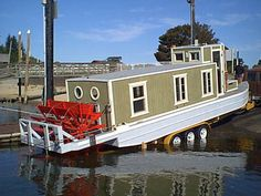Trailerable Houseboats | Taste of Being