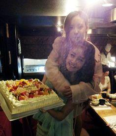 T-ara's Jiyeon and Hyomin celebrate their birthdays with a selca