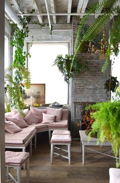 decorating with plants / inspired spaces / The Sweet Escape #loft