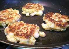 Birds & Brownies: Crab Cakes on a Dime