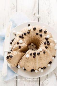 coffee semifreddo discovered by Ʈђἰʂ Iᵴɲ'ʈ ᙢᶓ Cheesecake Desserts, Frozen Desserts, Frozen Treats, No Bake Desserts, Frozen Cake, Ice Cream Toppings, Ice Cream Recipes, Sweets Recipes, Cake Recipes