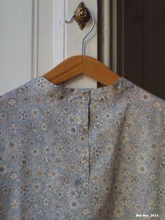 Mdr: Camicia alla coreana, dettaglio del collo. Liberty