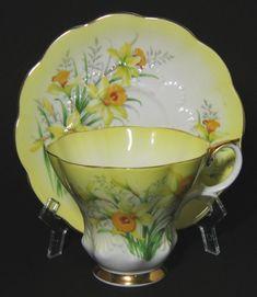 Vintage Royal Albert Royal Albert Yellow Daffodil Tea Cup♥