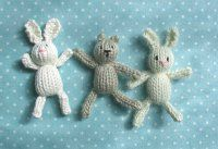 Looking for Easter bunny patterns? This teeny tiny knitted toys pattern show you how to make knit bunny rabbits just in time for the holiday!
