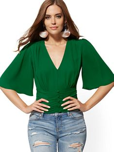V-Neck Bell-Sleeve Blouse - New York & Company Stylish Shirts For Womens, Casual Tops For Women, Bell Sleeve Blouse, Bell Sleeves, Semi Formal Dresses, Green Leggings, Casual Street Style, Blouse Designs, Red Silk