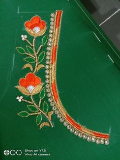 Peacock Blouse Designs, Best Blouse Designs, Wedding Saree Blouse Designs, Simple Blouse Designs, Simple Hand Embroidery Designs, Border Embroidery Designs, Hand Work Embroidery, Hand Designs, Flower Designs