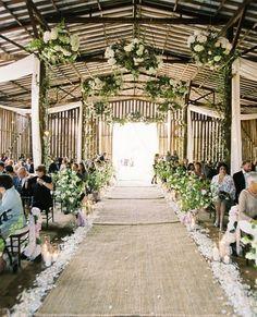 Beautiful barn wedding aisle with burlap runner. I choose red or light pinkAFB: