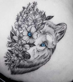 Wolf Tattoos - Bilder - Tattoo Designs For Women Husky Tattoo, Lion Tattoo, Tattoo Wolf, White Wolf Tattoo, Hand Tattoos, Body Art Tattoos, Sleeve Tattoos, Tatoos, Circle Tattoos