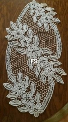 Filet Crochet, Irish Crochet, Crochet Motif, Crochet Designs, Crochet Doilies, Herb Embroidery, Cutwork Embroidery, Needle Lace, Bobbin Lace