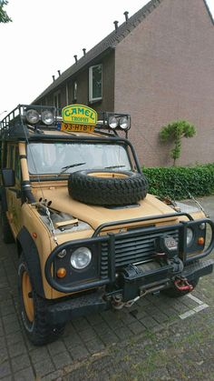 Land Rover Defender 110 Tdi Sw Camel Trophy adventure team. One of the most…