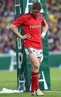 Ronan O´Gara in Munster Munster Rugby, Irish Beef, World Rugby, Beefy Men, All Blacks, Influential People, Sport Man, My Passion, Athletics