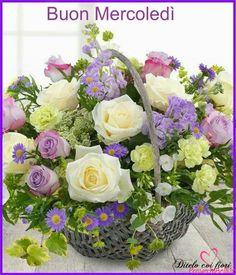 small white flowers wedding bridal flowers - Page 89 of 94 - Wedding Flowers & Bouquet Ideas Small White Flowers, White Wedding Flowers, Bridal Flowers, Beautiful Flowers, Send Flowers, Basket Flower Arrangements, Beautiful Flower Arrangements, Floral Arrangements, Basket Of Flowers