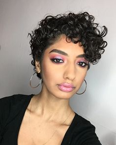 Feminine curly pixie - @thickwings Instagram Face