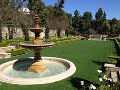 Picnic on grounds built by murder, suicide, and dirty oil money at one of Hollywood's most filmed mansions