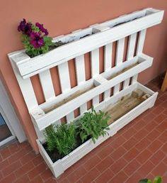 Fioriera bianca da riuso pancale pallet,per giardino o terrazza - piante, fiori e orto in casa